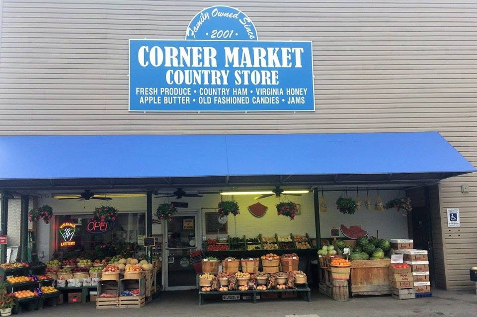 storefront of the Corner Market in Rich Creek