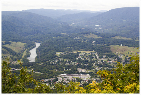 Angels Rest view AT Pearisburg