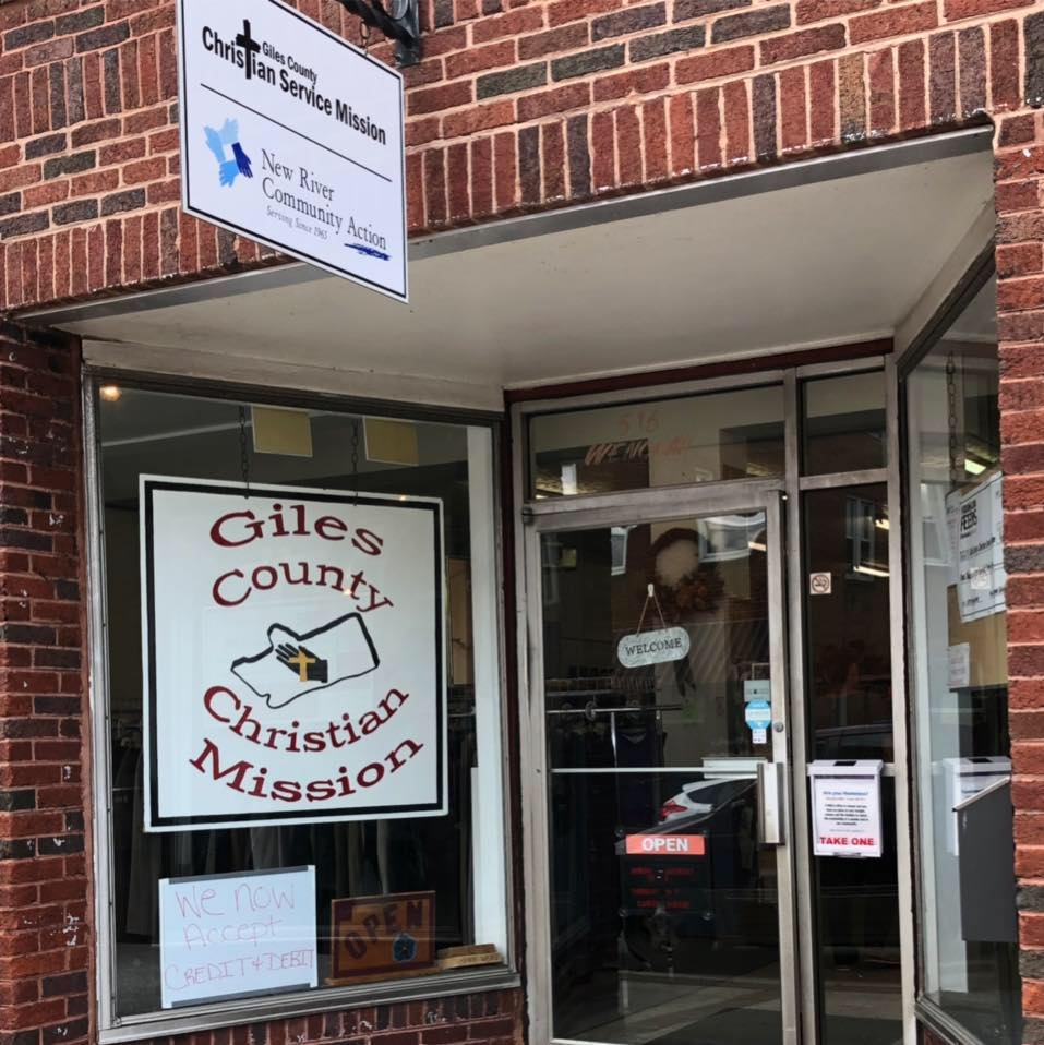 Storefront of the Giles County Christian Service Mission