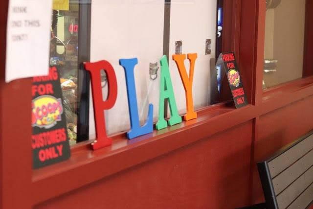 interior decor reading play