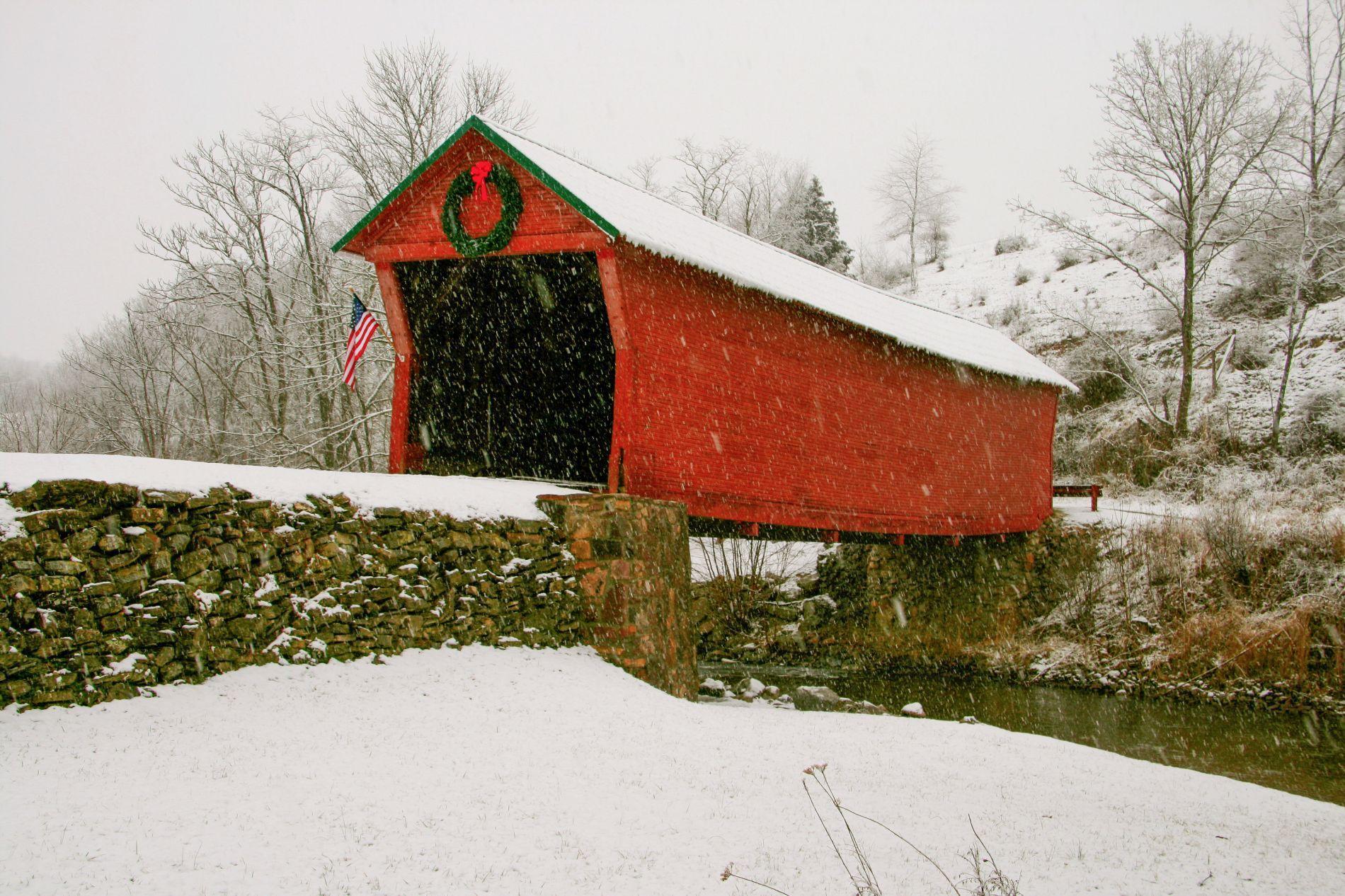 Merry Christmas covered Bridge